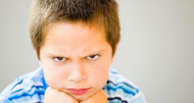 چگونه کودک تندخود را مدیریت کنیم؟