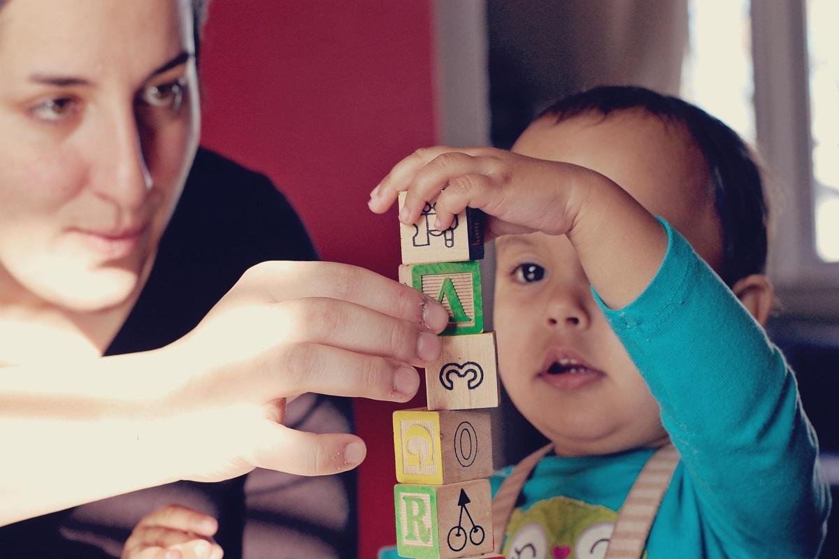 هوش فضایی کودک خود را تقویت کنید، ارتباط با کودک