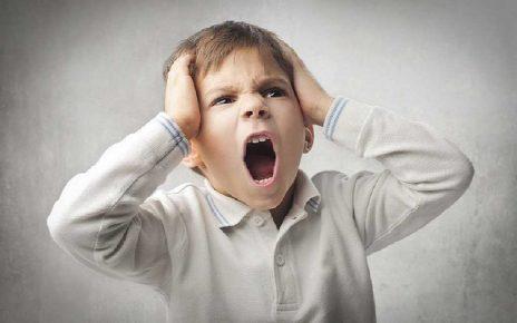 علت پرخاشگری کودک و راه های مقابله با آن