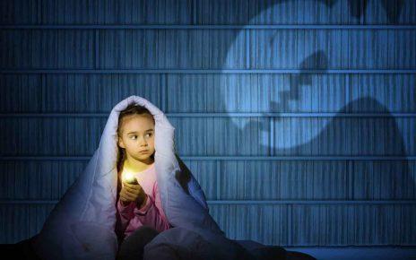 همه چیز درباره ترس کودک و راه های برطرف کردن آنها